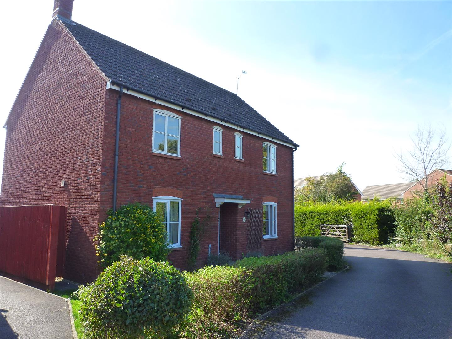 4 Bedrooms Detached House for sale in Cresswell Drive, Hilperton, Trowbridge